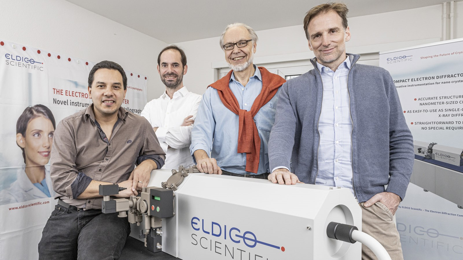 The ELDICO team Gustavo Santiso-Quinones, Nils Gebhardt, Eric Hovestreydt and Gunther Steinfeld with the electron diffractometer